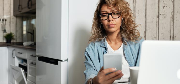 Home-Office ohne Rückenschmerzen: So halten Sie sich zuhause fit